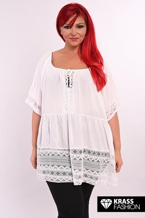Романтичен макси модел в бяло