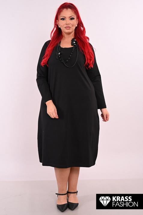Черна рокля в средна дължина